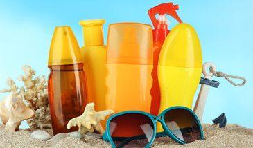 Summer Skin Care: सनस्क्रीम वापरताय? रसायनांनी होणारा धोका टाळण्यासाठी 'या' गोष्टी तपासून घ्या
