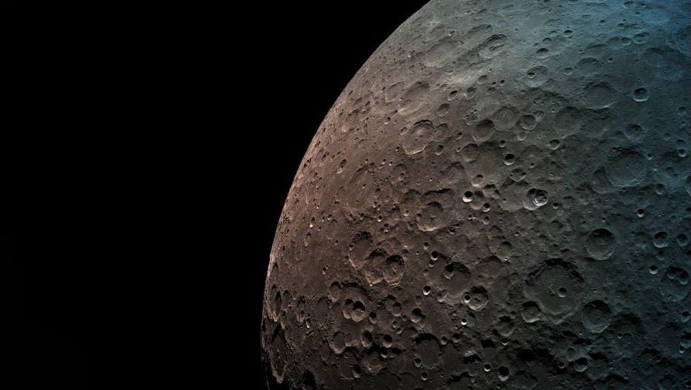 अमेरिकेची अंतराळ मोहीम; चंद्रावर पाऊल ठेवणारी जगातील पहिला महिला ठरणार अमेरिकन
