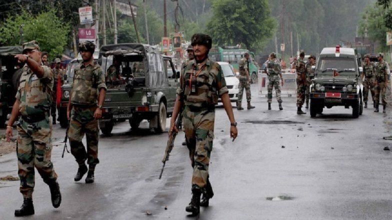 Jammu and Kashmir: पुलवामा जिल्ह्यात चकमक;  सुरक्षा दलाच्या जवानांंकडून 2 दहशतवाद्याला कंठ्स्नान