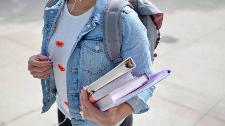 F-1, M-1 Nonimmigrant Visa Row: डॉनल्ड ट्रम्प प्रशासनाकडून  Fall 2020 Semester च्या अनिवासी विद्यार्थ्यांना तात्पुरता दिलासा