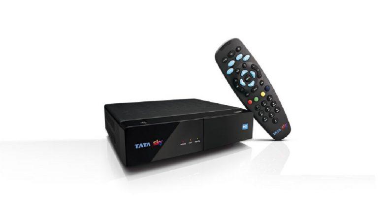 TV  पाहायला सेट-टॉप बॉक्सची गरज नाही, Tata Sky Binge Fire TV Stick च्या मदतीने Rs 249 मध्ये पाहा तुमचे आवडते कार्यक्रम