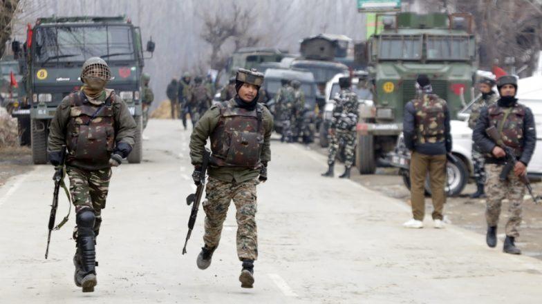 जम्मू-काश्मीर: शोपियां येथे सुरक्षारक्षक आणि दहशतवाद्यांमध्ये चकमक; एका दहशतवाद्याचा खात्मा
