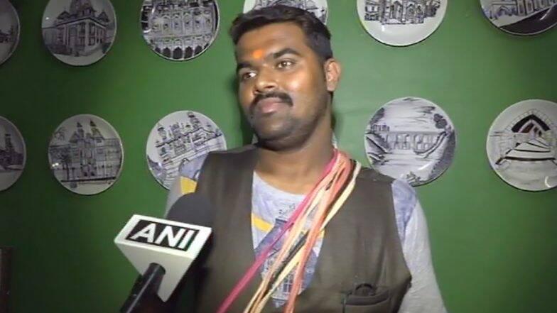 नेत्यांच्या नकला करणे पडले महागात; गुजरातच्या 'त्या' ट्रेनमधील खेळणीवाल्याला अटक (Video)