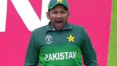IND vs PAK, ICC World Cup 2019: सामन्यादरम्यान पाकिस्तानचा कर्णधार सर्फराज अहमद झाला बोअर, जांभया देतानाचे फोटो व्हायरल