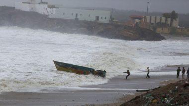 Cyclone Tauktae Update: तौक्ते चक्रीवादळ गुजरातच्या किनारपट्टीवर पोहोचण्याची प्रक्रिया सुरू