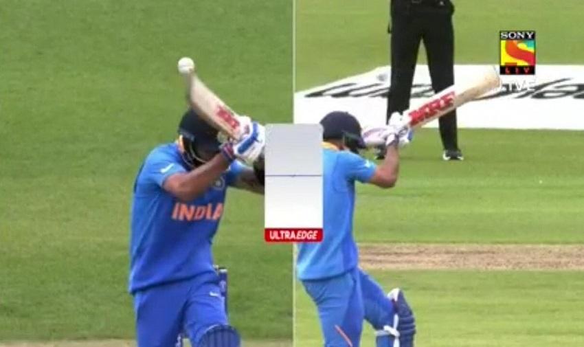 IND vs PAK, ICC World Cup 2019: आऊट नसतानाही विराट कोहलीने सोडले मैदान, भडकले फैंस