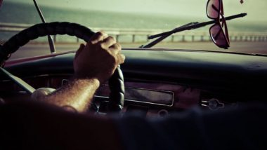 Driving License संदर्भातील 'हा' नियम बदलला; आता RTO मध्ये फेऱ्या मारायची गरज नाही, जाणून घ्या सविस्तर