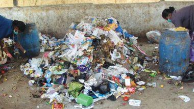 बीड: शाळेच्या परिसरात दारु बाटल्यांसह कंडोमचा ढिगभर कचरा, नागरिकांकडून संताप व्यक्त