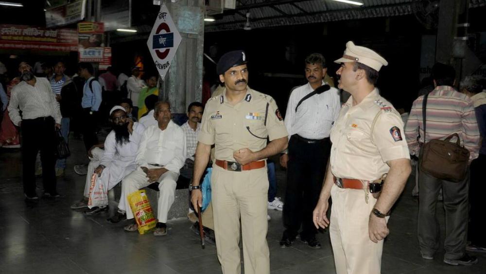 मुंबई: आजारपणात रेल्वे पोलिसांनी सुट्टी घेतल्यास शासन करणार वेतनकपात, रेल्वे पोलीस आयुक्तांचा लेखी आदेश