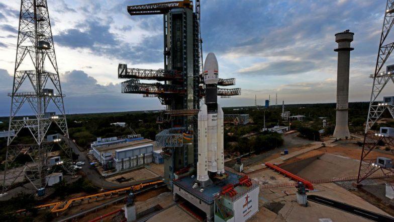 Chandrayaan-2 Launch: उद्या पहाटे आकाशात झेपावणार महत्त्वकांक्षी चांद्रयान-2; काउंटडाऊन सुरू