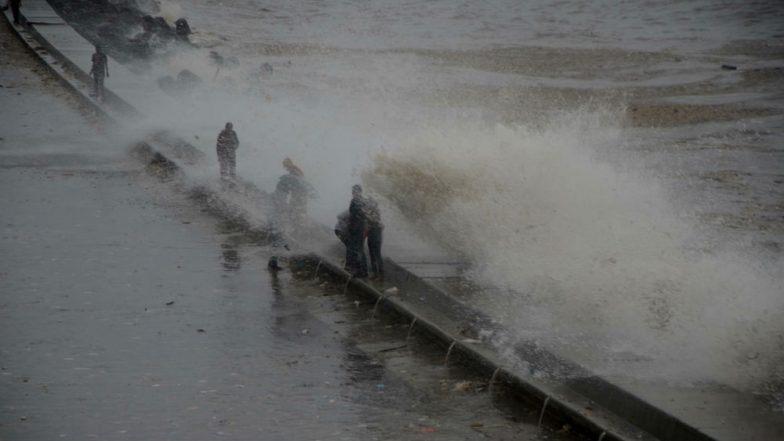High Tide In Mumbai on 5 August: आज दुपारी 3.05 मिनिटांनी समुद्रात मोठ्या लाटा उसळण्याची शक्यता, मुंबईकरांना सतर्कतेचा इशारा