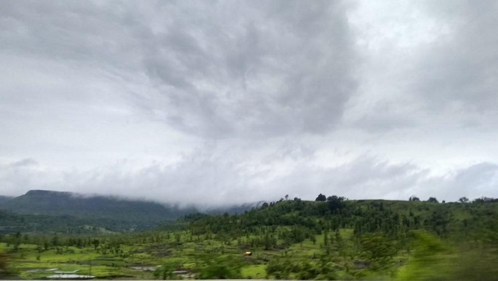 Maharashtra Monsoon Forecast: 'महा' चक्रीवादळाच्या प्रभावामुळे येत्या 24 तासात मुंबईसह महाराष्ट्रात मध्यम स्वरुपाच्या पावसाची शक्यता