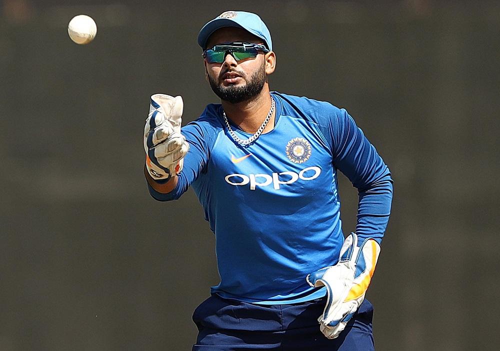 IND vs SA 1st Test: 'या' 3 कारणांमुळे रिषभ पंत याला दक्षिण आफ्रिकाविरुद्ध टेस्टसाठी टीम इंडियात नाही मिळाले स्थान