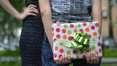 Friendship Day 2019 Gift Ideas: तुमच्या हटके मित्रांसाठी 10 हटके गिफ्ट आयडियाज