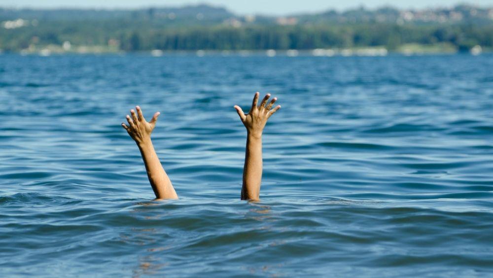 रत्नागिरी: गणपतीपुळे येथील समुद्रात पोहण्यासाठी गेलेले 3 जण बुडाले, दोघांचे मृतदेह सापडले