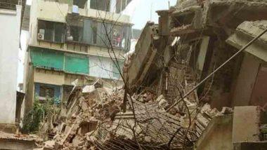 ठाणे: मीरा-भायंदर येथे मोडकळीस आलेल्या चार मजली इमारतीचा भाग पावसामुळे कोसळला