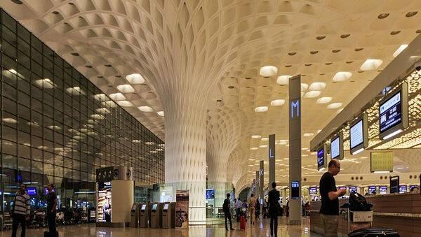 मुंबईवर दहशतवादी हल्ला होण्याची शक्यता, गुप्तचर यंत्रणांची माहिती; देशभरातील विमानतळांची सुरक्षा वाढवण्याचे आदेश