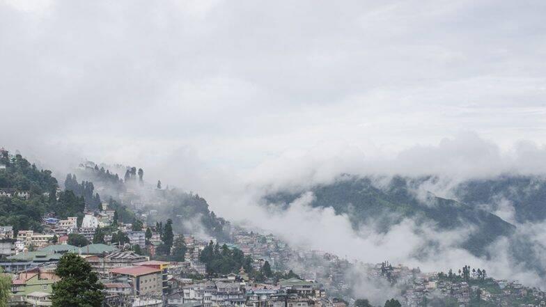 जम्मू कश्मीर च्या विभाजनानंतर दार्जिलिंग देखील पश्चिम बंगाल पासून वेगळं करण्यासाठी  मागणी