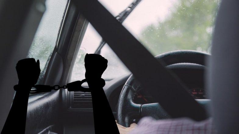 मुंबई: बलात्कार, MMS Video लिक प्रकरणात अभिनेता परेश रावल यांच्या वाहनचालकास अकट