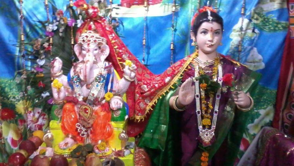 Gauri Avahan 2019: गौरी आवाहन करण्यासाठी जाणून घ्या तारीख, वेळ आणि पुजा विधी