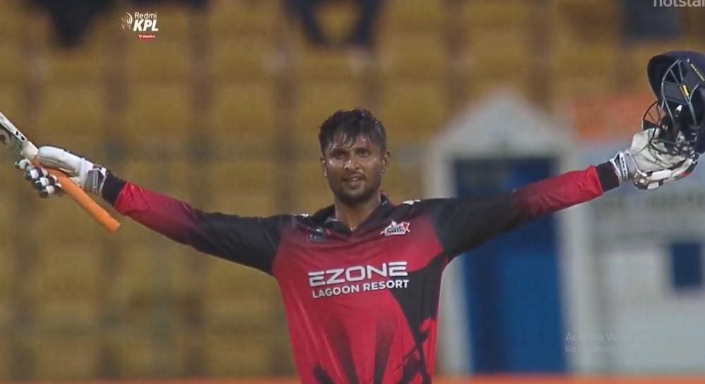 कृष्णप्पा गौतम याचा डबल धमाका; एका मॅचमध्ये 39 चेंडूत ठोकले शतक आणि त्यानंतर घेतल्या 8 विकेट्स, पहा व्हिडिओ