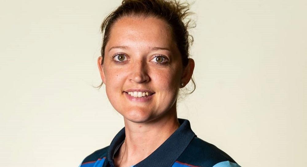 इंग्लंडची महिला क्रिकेटपटू सारा टेलर हिने केला न्यूड फोटोशूट, महिलांना महत्वपूर्ण संदेश देत शेअर केला Photo
