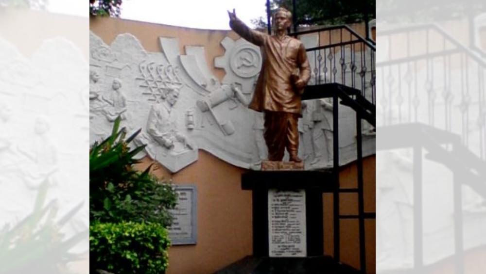 Annabhau Sathe Jayanti 2019: अण्णाभाऊ साठे यांच्या जन्मशताब्दी वर्षाला सुरूवात; जाणून या लोकशाहीराबद्दल 6 खास गोष्टी!