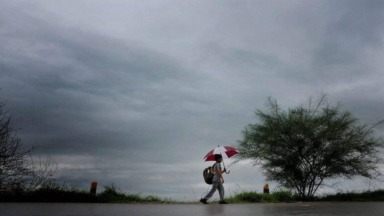 येत्या चार तासांत मुंबई, ठाणे, रायगड परिसरात वादळासह मुसळधार पावसाची शक्यता- हवामान विभाग