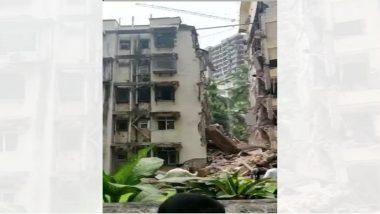 खारमध्ये पाच मजली इमारतीचा काही भाग कोसळला, ढिगा-याखाली काही जण अडकल्याची भीती