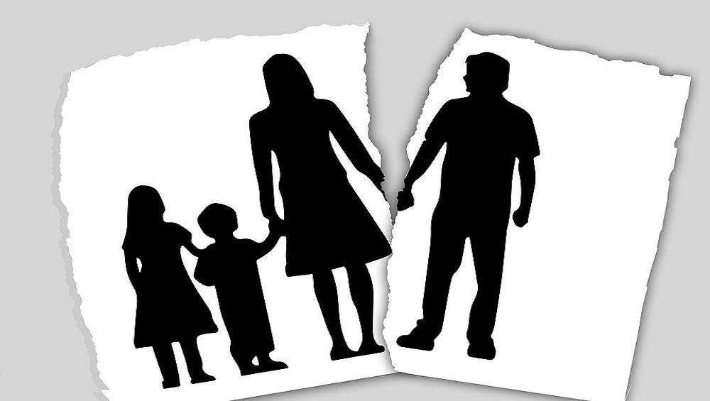 आश्चर्यम! शासकीय योजनेचा लाभ घेण्यासाठी, कुटुंबातील 11 सदस्यांचे महिन्याभरात 23 वेळा लग्न व घटस्फोट