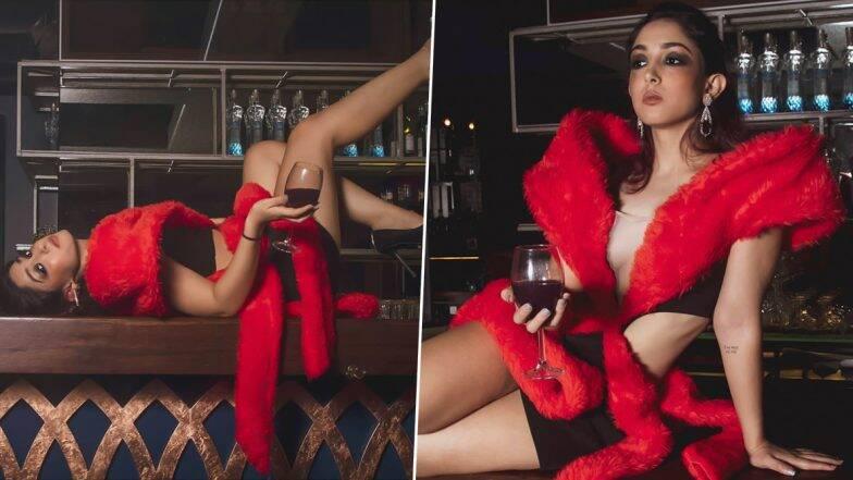 आमिर खान ची मुलगी इरा खान हिचा 'Saturday Vibe' मधील Hot अंदाज पाहून तुम्हीही व्हाल हैराण (See Photos)