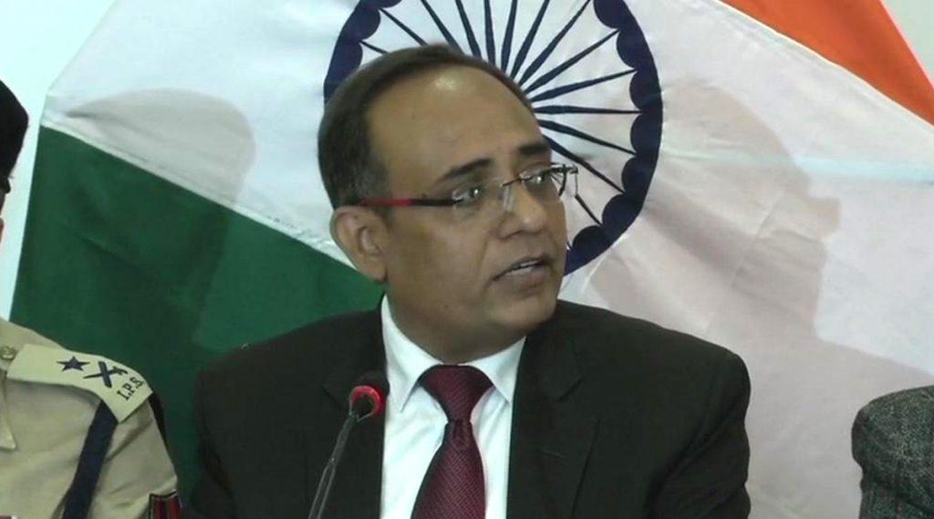 Jammu Kashmir मधील मोबाइल Post Paid सेवा सोमवारपासून पुन्हा सुरु; इंटरनेटच्या वापरावरील बंदी अजूनही कायम