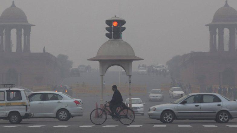 दिल्लीत घातक हवेमुळे हेल्थ इमर्जेंसी लागू, नागरिकांना आरोग्यासंबंधित काळजी घेण्याचे आवाहन