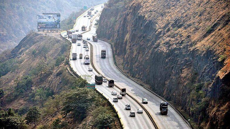 मुंबई-पुणे एक्सप्रेस हायवेवर वाहनाची वेगमर्यादा झाली 100 किमी प्रति तास; 18 नोव्हेंबरपासून नवा नियम लागू