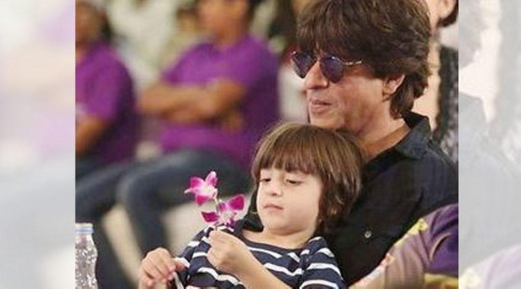 दसऱ्याच्या निमित्त शाहरुख खान याने दिली चाहत्यांना आनंदाची बातमी, लवकरच मुलगा अबराम सोबत चित्रपटातून झळकणार