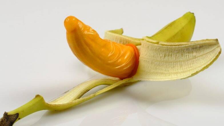 Condom Mistakes: कंडोम घालताना पुरुषांकडून होतात चुका; जाणून घ्या गर्भधारणा टाळण्यासाठी कसा वापरावा निरोध