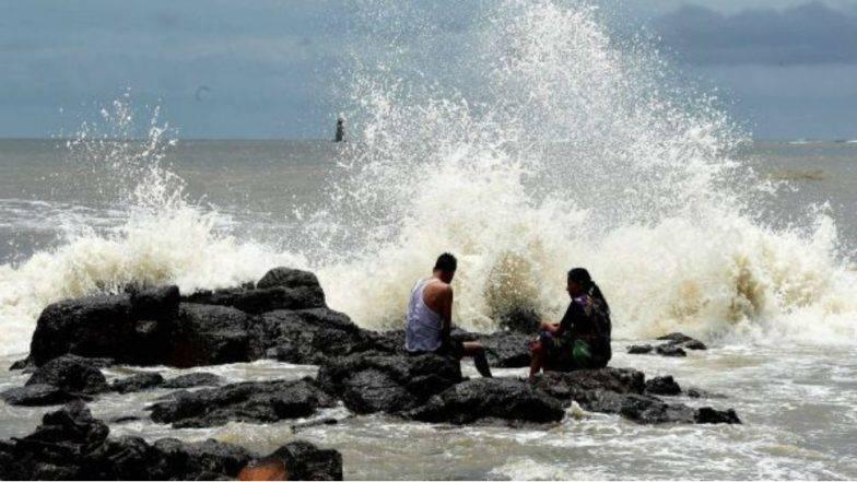 Kyarr Cyclone: मुंबईसह राज्यात जोरदार पावसाचा अंदाज; किनारपट्टीवरील वाऱ्याचा वेग 65 किलोमीटपर्यंत जाण्याची शक्यता