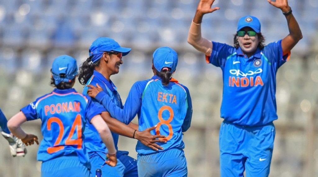 IND-W vs SA-W 1st ODI: दक्षिण आफ्रिकाविरुद्ध पहिल्या वनडेमध्ये भारतीय महिला संघाने 8 विकेट्सने मिळवला सहज विजय