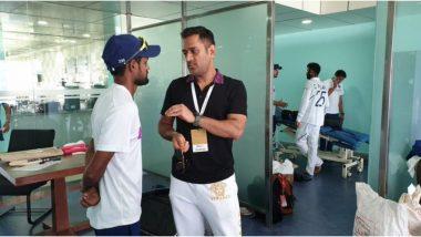 IND vs SA Test: दक्षिण आफ्रिकाविरुद्ध ऐतिहासिक विजयानंतर ड्रेसिंग रूममध्ये दिसला एम एसधोनी, शाहबाझ नदीम याला दिला गुरु मंत्र