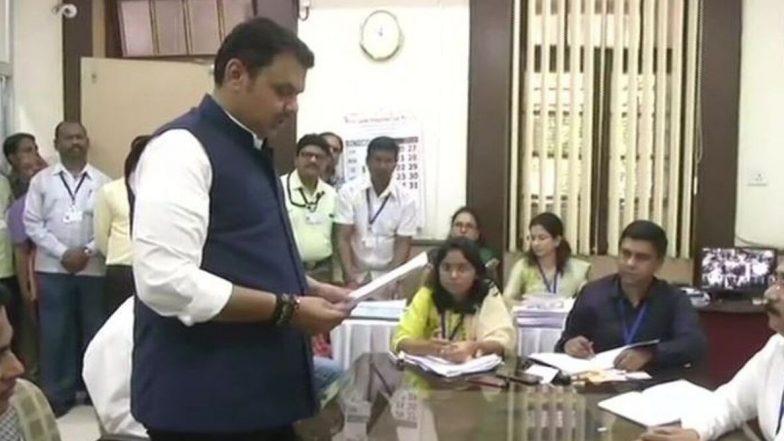 महाराष्ट्र विधानसभा निवडणूक 2019: देवेंद्र फडणवीस यांनी नागपूर साऊथ वेस्ट मधून दाखल केला उमेदवारी अर्ज