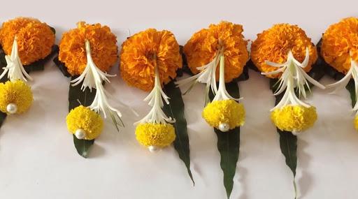 Diwali 2019: यंदा दिवाळीला आंब्याची पाने आणि झेंडूच्या फुलांचे आकर्षक तोरण लावून सजवा तुमचे घर; या सोप्प्या ट्रिक्स करतील मदत (Watch Video)