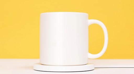 Xiaomi घेऊन आलाय वॉर्म कप; फोनचे चार्जिंग आणि चहा गरम करणारं Two- In- One गॅजेट