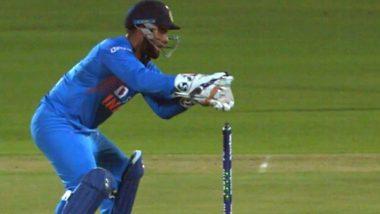 IND vs WI 3rd ODI: रिषभ पंत याने सलग 3 कॅच सोडल्यावर Netizens ने उडवली खिल्ली, Uber चालवण्याचा दिला सल्ला, पाहा Tweets