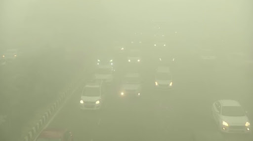 ग्रेटर नोएडा: दाट धुक्यामुळे कालव्यात कार कोसळून 6 जणांचा मृत्यू