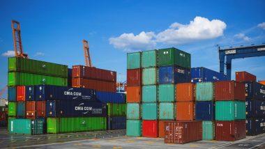 देशात आर्थिक मंदीच्या कारणास्तव सातत्याने आयात आणि निर्यातीत मोठ्या प्रमाणात घट