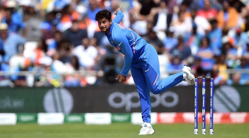 IND vs WI 2nd ODI: कुलदीप यादव याने घेतली हॅटट्रिक,दोन हॅटट्रिक घेणारा ठरला पहिला भारतीय