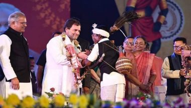छत्तीसगढ: राष्ट्रीय आदिवासी नृत्य महोत्सव कार्यक्रमात राहुल गांधी थिरकले; पारंपरिक वाद्य वाजवत धरला ताल (Watch Video)