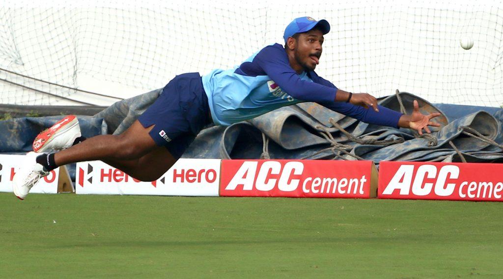 IND vs NZ T20I: न्यूझीलंडविरुद्ध टी-20 मालिकेसाठी टीम इंडियातूनसंजू सॅमसन याला वगळल्यानेयूजर्सने BCCI लाफटकारले