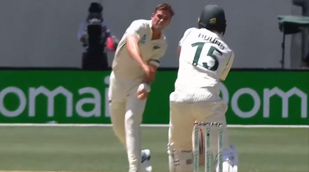 AUS vs NZ 1st Test: पर्थ कसोटीत टीम साउदी याचा आक्रामक अंदाज, जो बर्न्स याला फेकून मारला चेंडू, पाहा Video