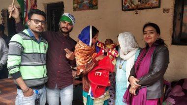 दिल्ली: CAB मंजूर झाल्यानंतर पाकिस्तानमधून भारतात दाखल झालेल्या कुटुंबाने साजरा केला आनंदोत्सव; लेकीचं नाव ठेवलं 'नागरिकता'!